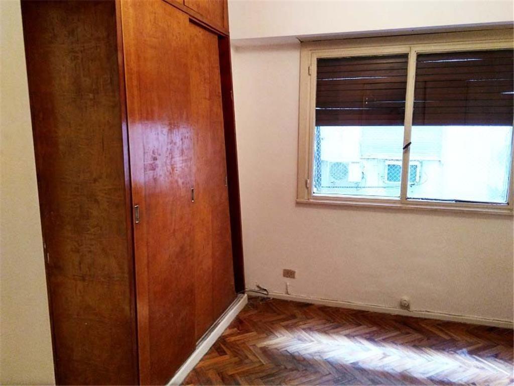 2 ambientes con renta contrato 2 años apto profesional muy luminoso.