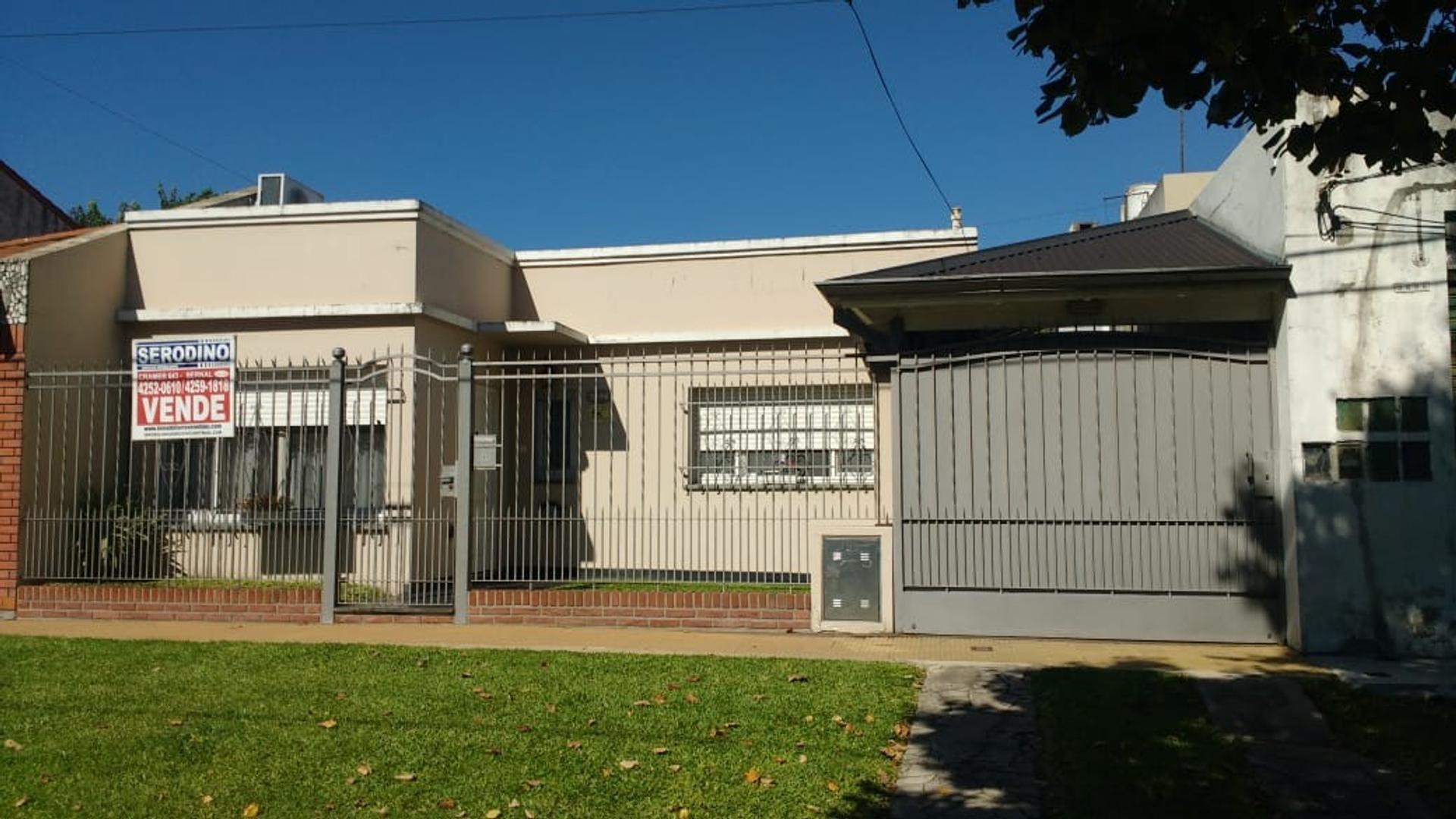Casa en Venta en Don Bosco - 4 ambientes