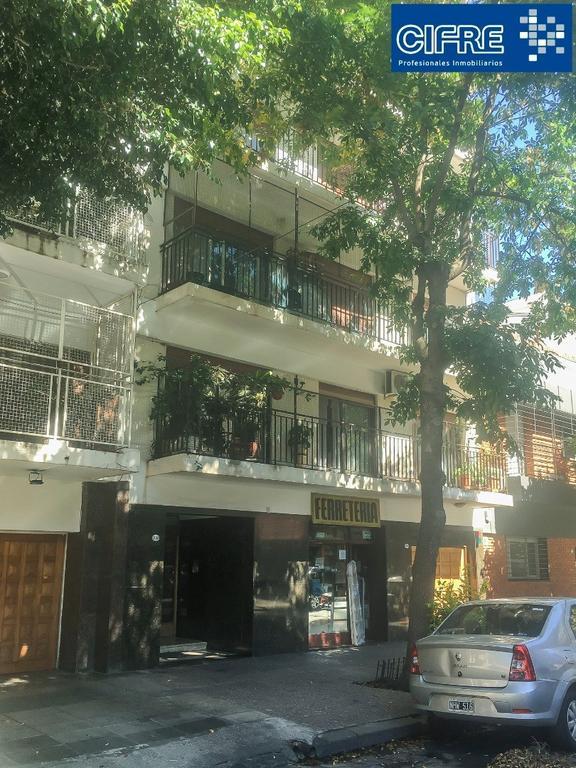 Departamento 3 ambientes con dependencias contra frente balcon corrido Suc.Urquiza 4521-3333