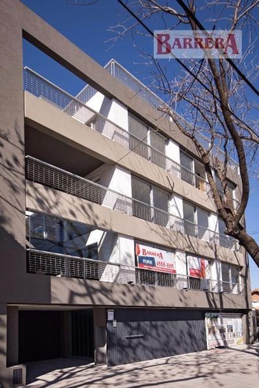 3 Ambientes a Estrenar TERMINADO, proyecto fuera de serie,  c/balcón terraza y coch. fija