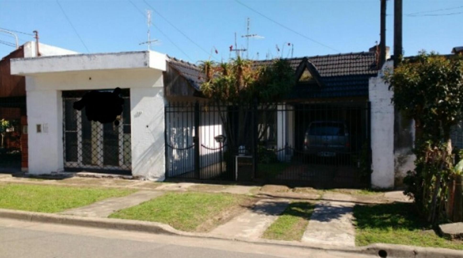 Casa en Venta en Rafael Castillo - 4 ambientes