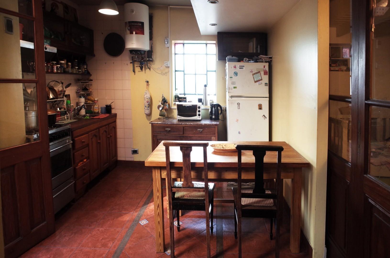 Vendo hermoso 2 ambientes + dormitorio en entrepiso - Bajas Expensas - San Telmo