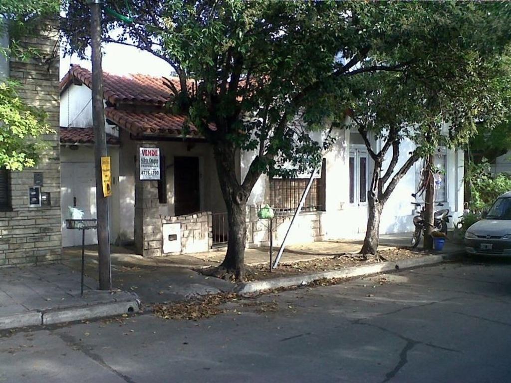- RESERVADO - LOTE 8.66 x 26.81 con construccion