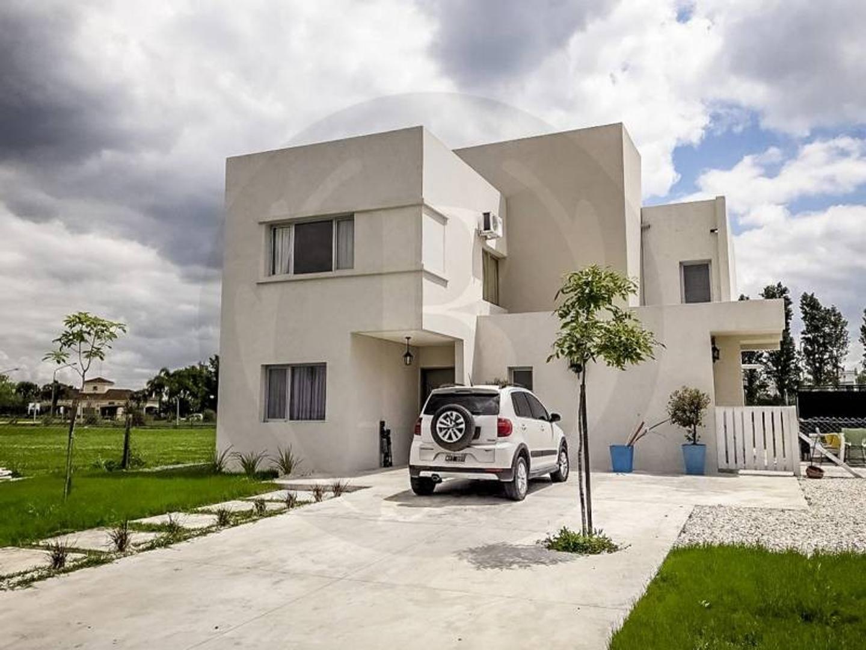 Bustamante Propiedades -  San Gabriel - Venta - Casa