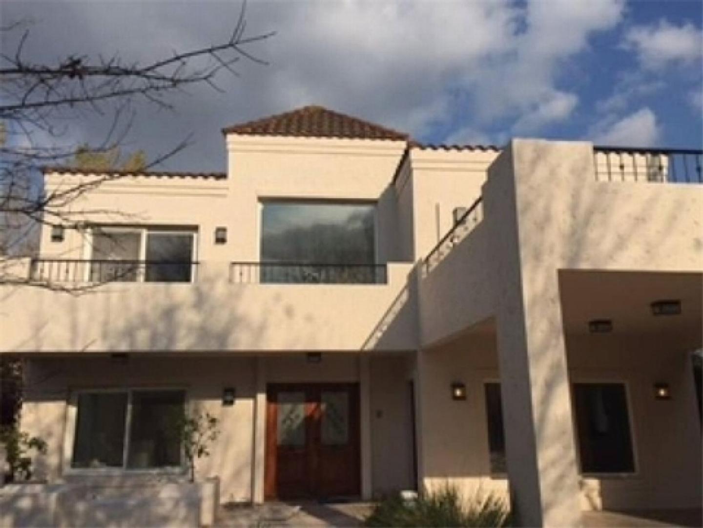 Hermosa casa en Ayres Del Pilar!!
