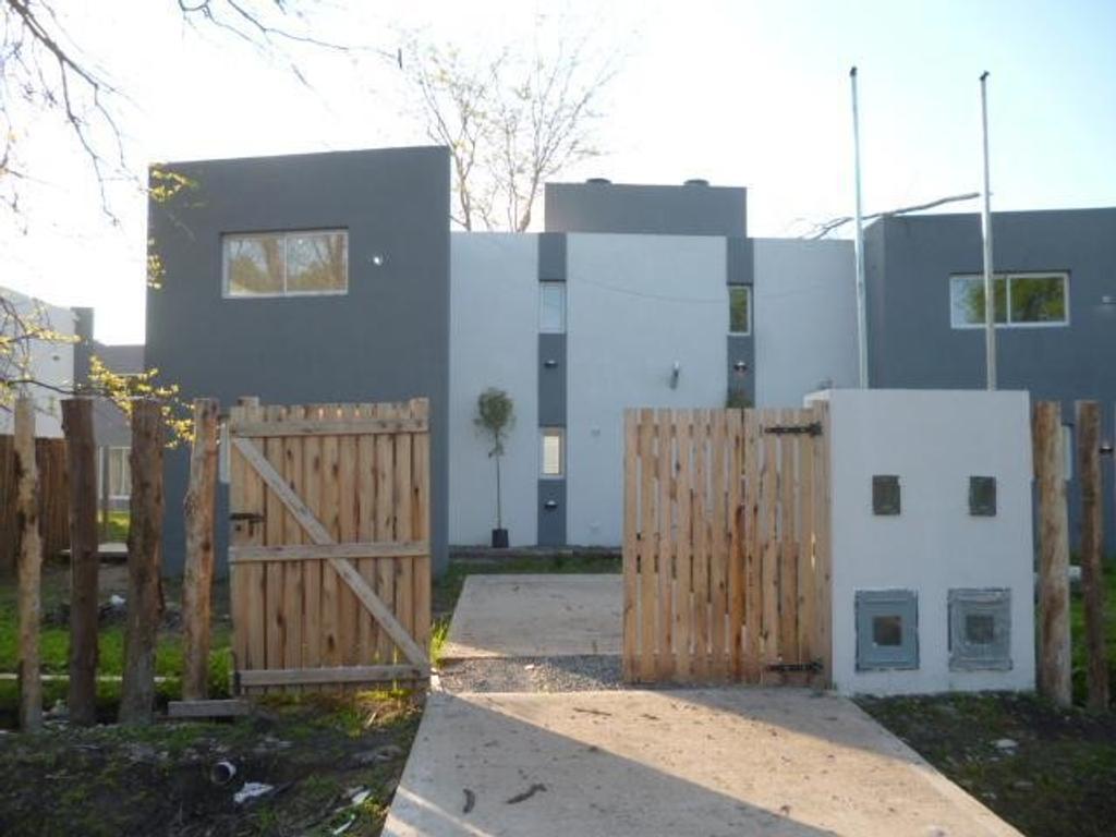 Duplex en Venta City Bell Dacal Bienes Raices