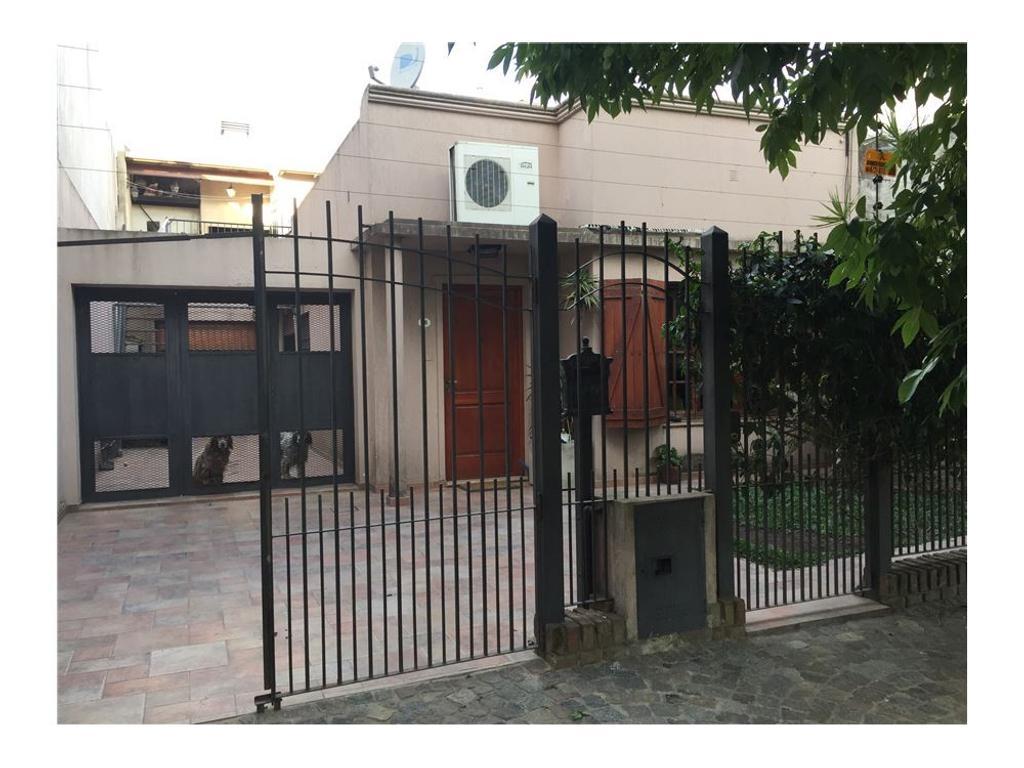 Excelente Casa de 3 ambientes Quilmes