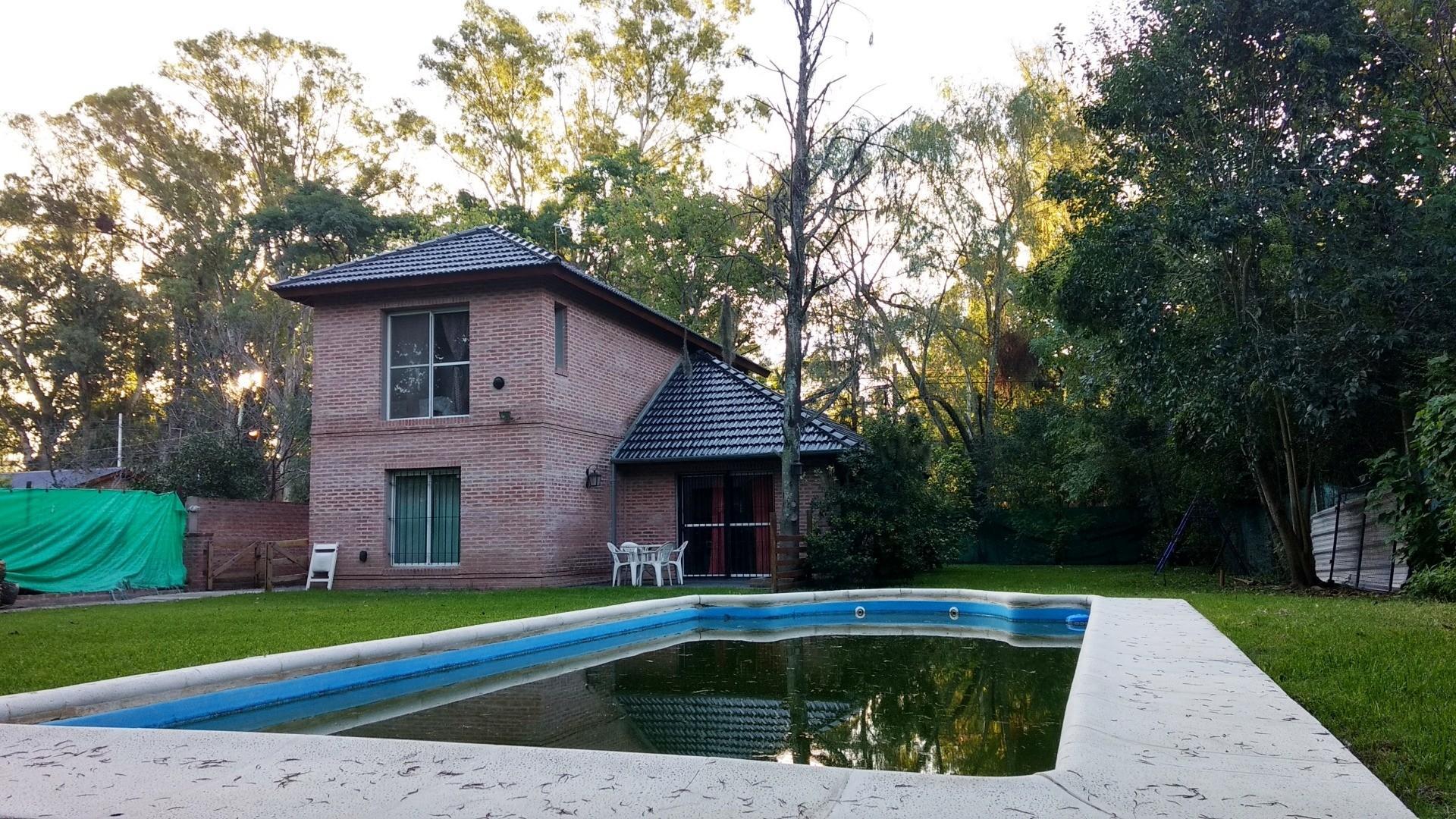Casa en Venta - 4 ambientes - USD 290.000