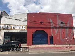 Depósito / Galpón Comercial con salida a 2 Calles - 700 m² Cubiertos - M. Bufano 3235 - San Justo