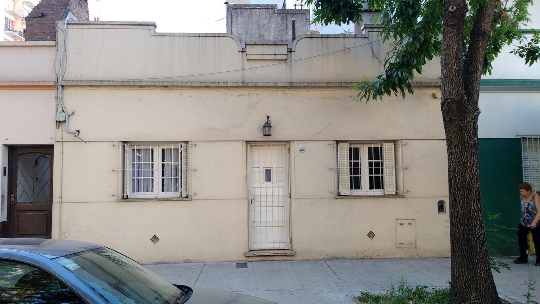 Casa en venta, sobre lote propio - Villa Urquiza