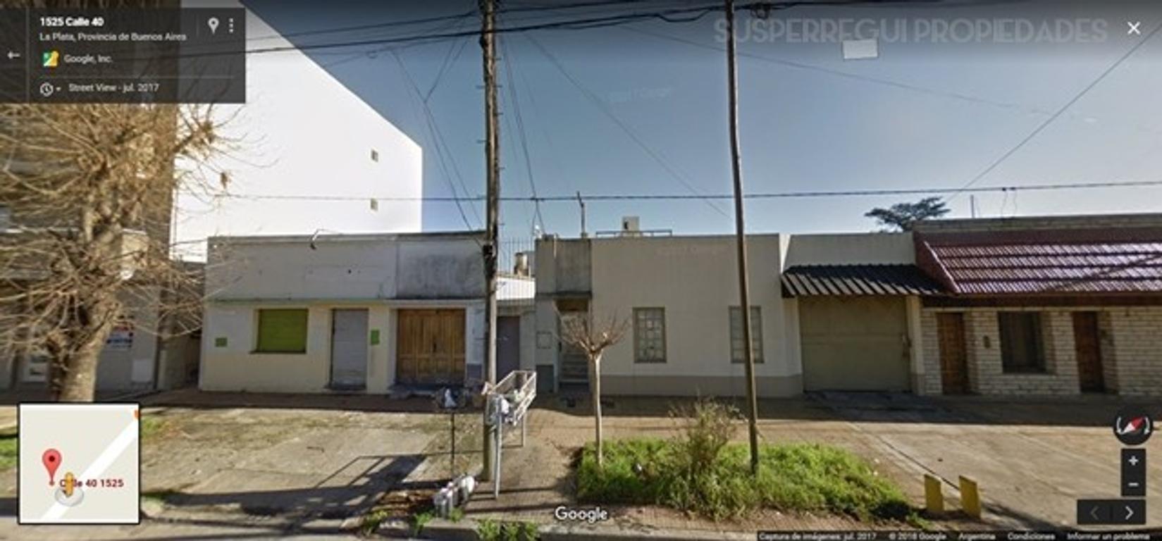 Casa APTO BANCO de 2 Dormitorios con Local al Frente y Cochera, Calle 40 e/ 25 y 26