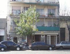 Local 100mts a la calle con entrepiso (DUEñO DIRECTO)