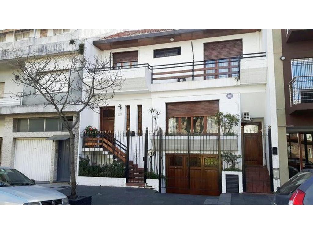 Casa 6 amb - Primera Junta 2700  -Flores