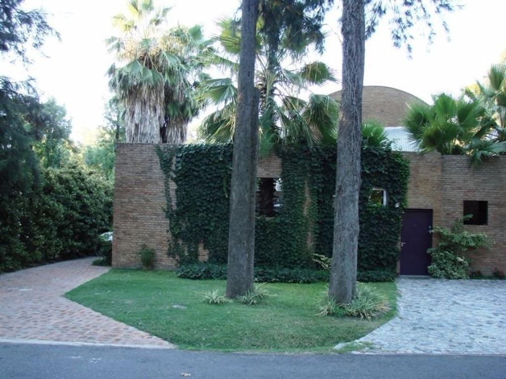 Casa en alquiler en fray luis beltr n river oaks for Casa de diseno henry beltran