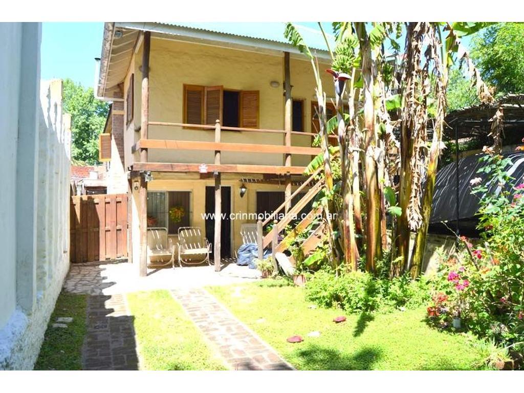 Venta Casa en Tigre Lote propio 300 mts Esmeralda 180
