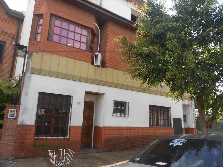 Casa en Venta en Barrio Parque - 3 ambientes