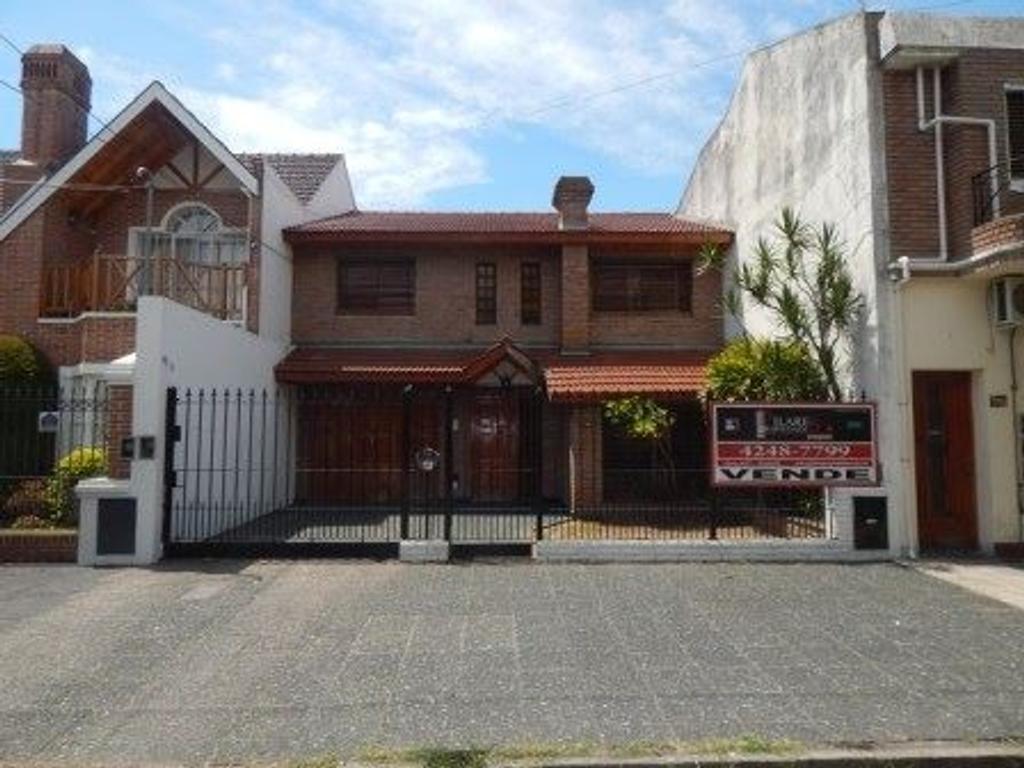 Casa en venta en gral san martin 765 lomas de zamora for Casa decoracion lomas de zamora