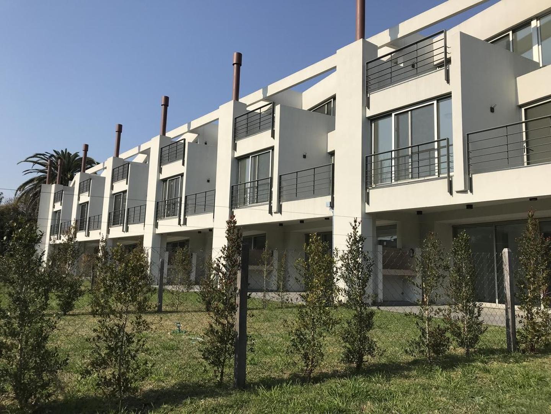 Casa en Venta en San Isidro Libertador / Lasalle