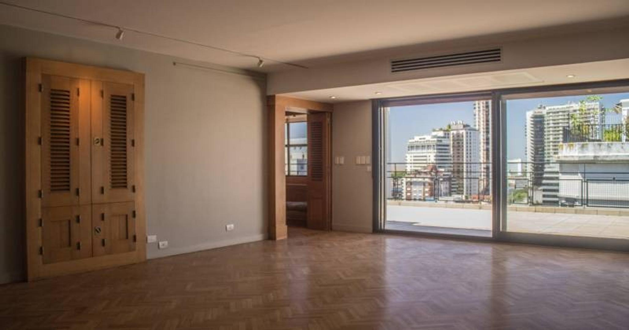 Duplex en Plaza Carlos Pellegrini, Recoleta. Categoría. Vista Panorámica.