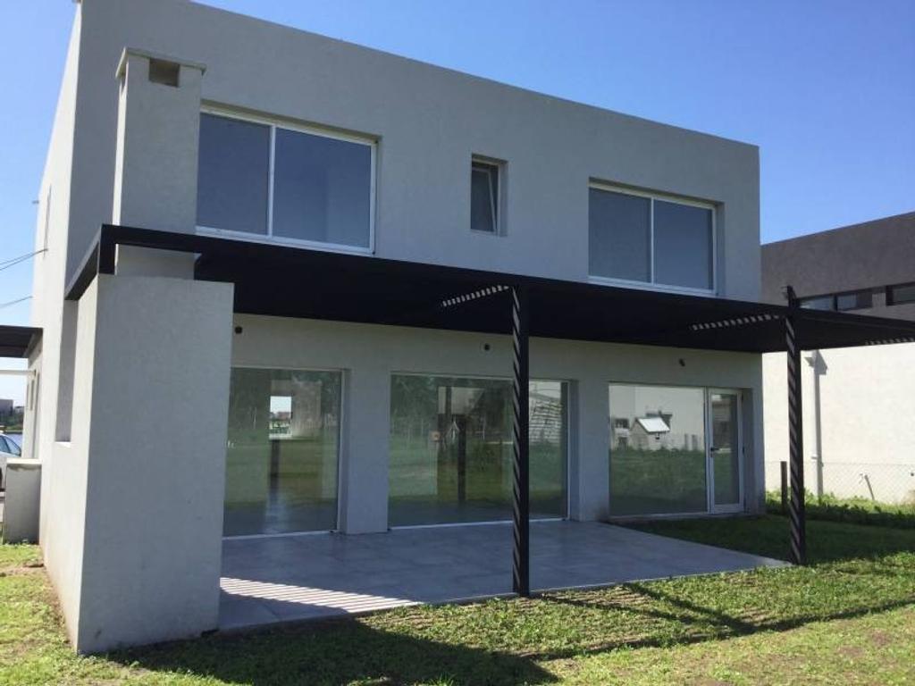 Casa de 3 dormitorios en venta - Barrio Tipas - Nordelta