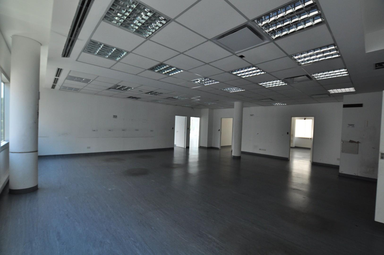 Oficina en Alquiler en Vicente Lopez Vias / Rio