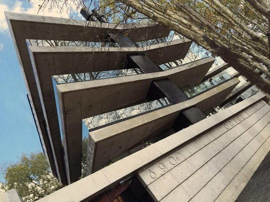 Moderno edificio a estrenar sobre Paseo Victorica- Tigre Hotel