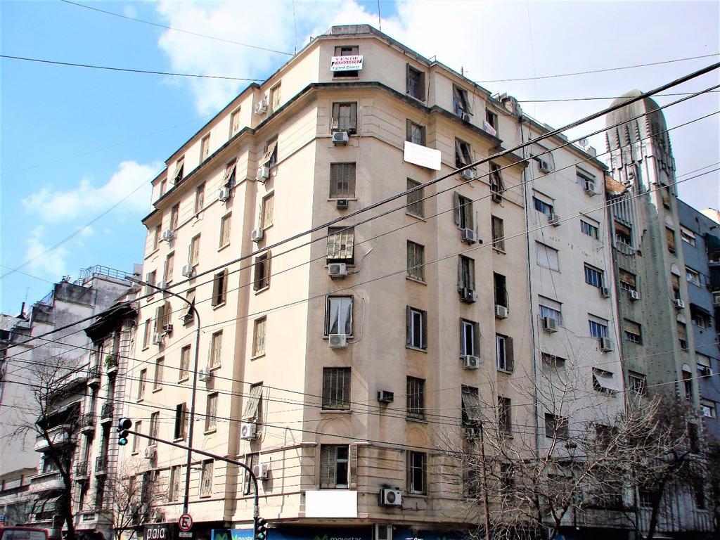 Rosario 400 - Departamento 4 Ambientes con Dependencia