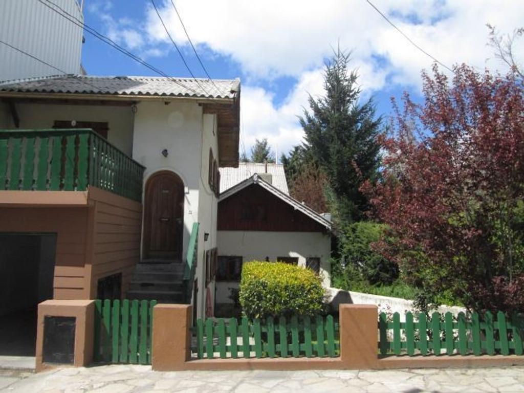 Bariloche-Casa mas 2 Departamentos-barrio Belgrano