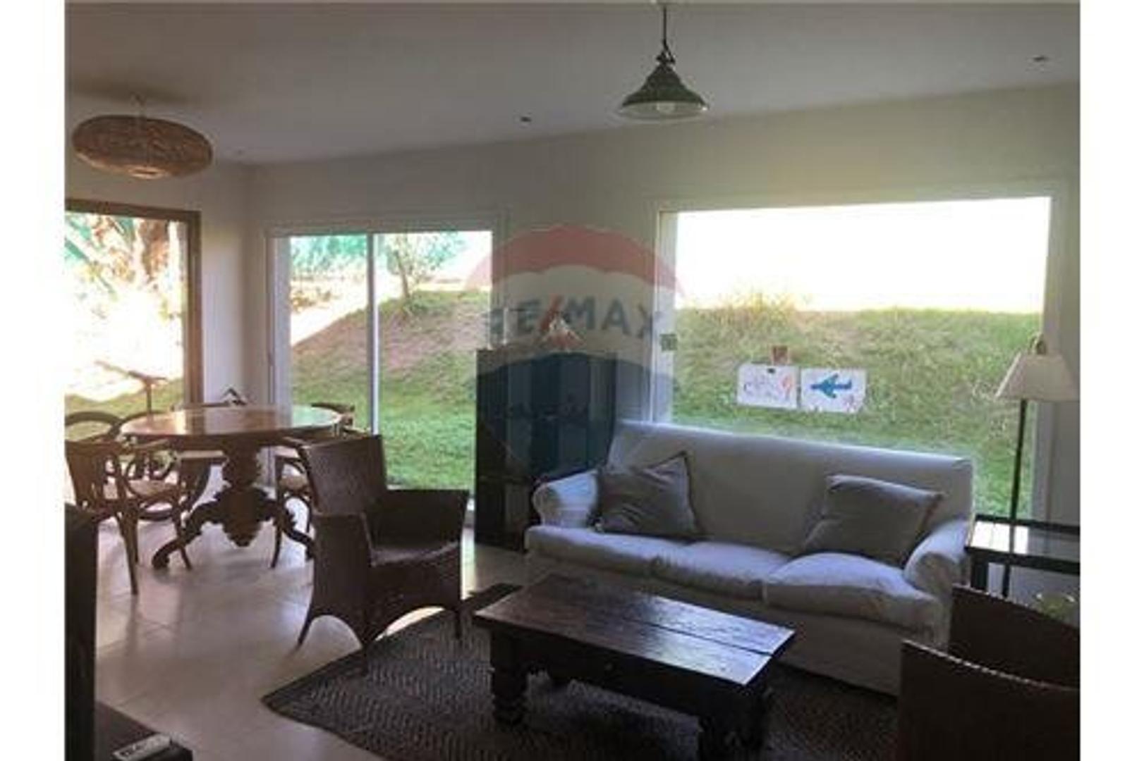 Casa en Venta en Villa Warcalde - 12 ambientes