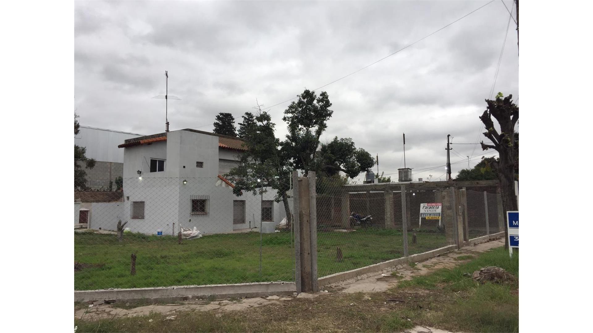 Casa en Alquiler en Ituzaingo - 3 ambientes