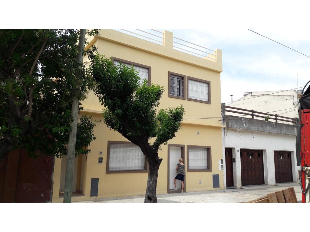 Alquiler 3 ambientes planta baja a la calle ramos mejia