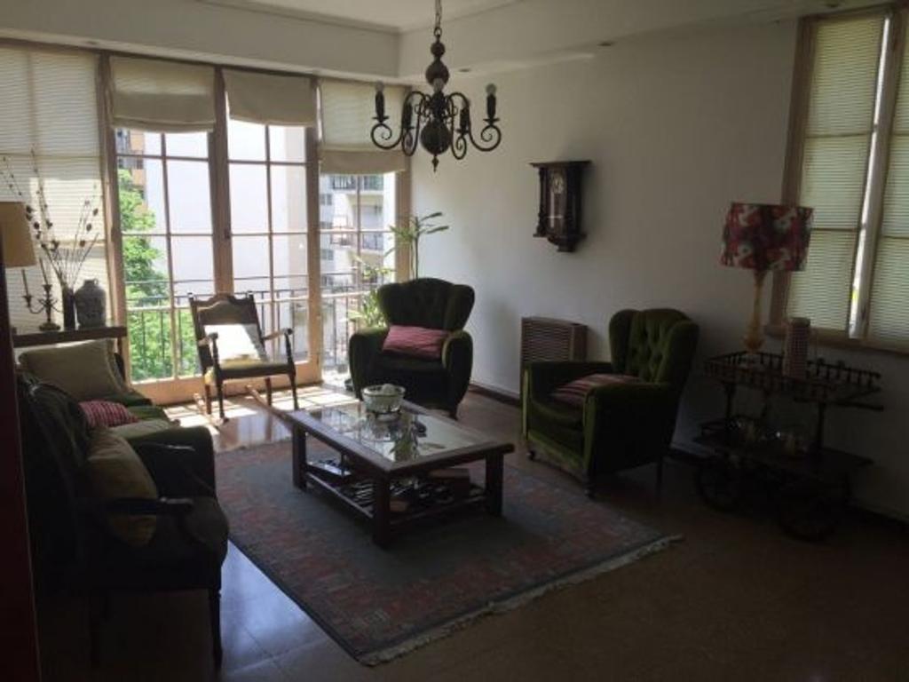Brown 2100 - Plaza Colon - Semipiso de 4 Ambientes c/ dependencia y lavadero.