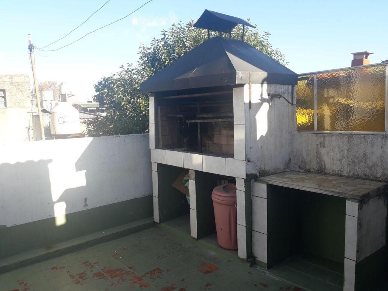 PH - Pompeya venta casa  4 ambientes