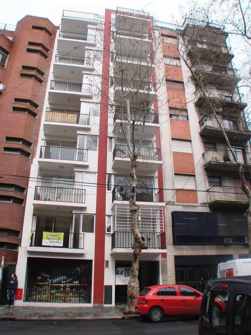 Tucuman 3300 - Departamento 3 Ambientes con Balcón