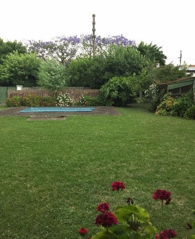Excelente Casa próximo Acceso Ramal Escobar amplio terreno