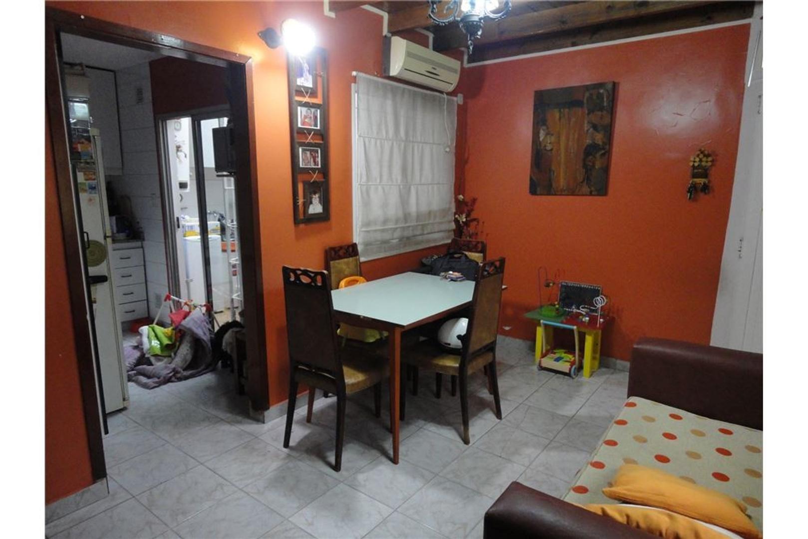 Venta PH 3 ambientes + patio Mataderos Apto Cred.