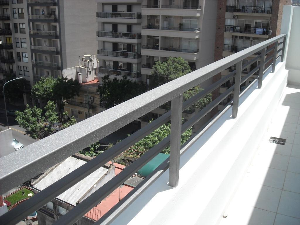 Duplex  con Balcon en las dos plantas  - Excelente calidad a metros Subte y Av. Directorio
