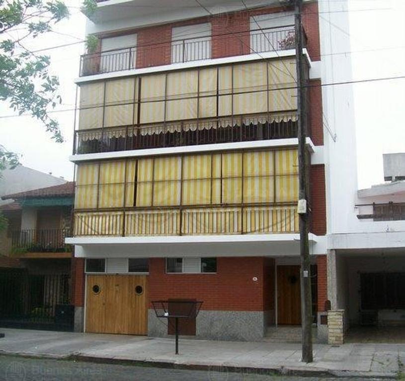 Semipiso 4 amb al frente c/balcon