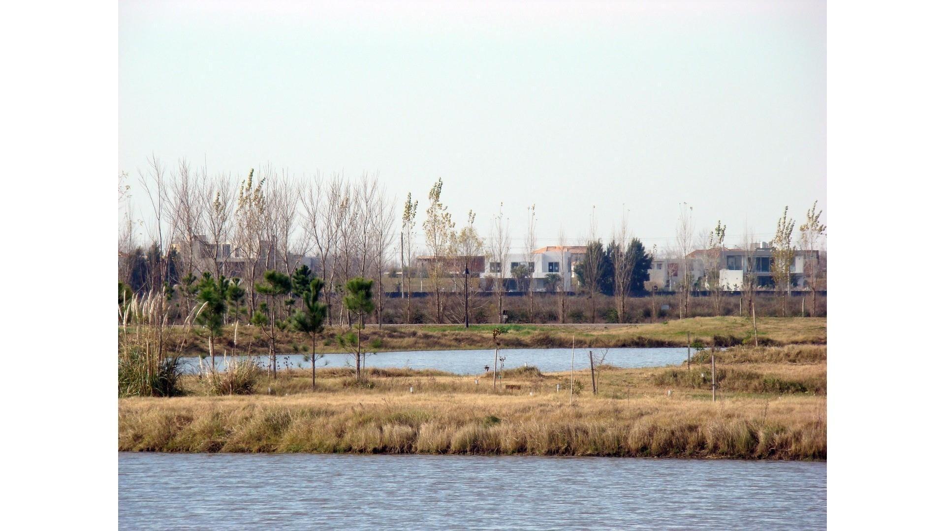 Lote A La Laguna En Chacras De La Reserva