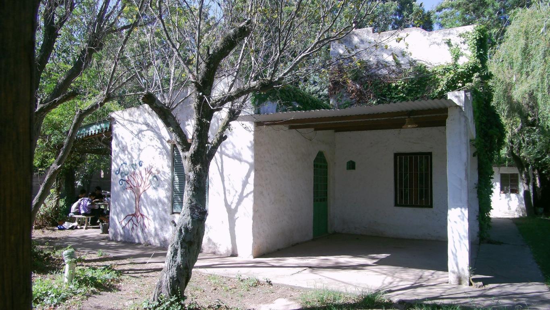 Casa Amplia Con Gran Terreno
