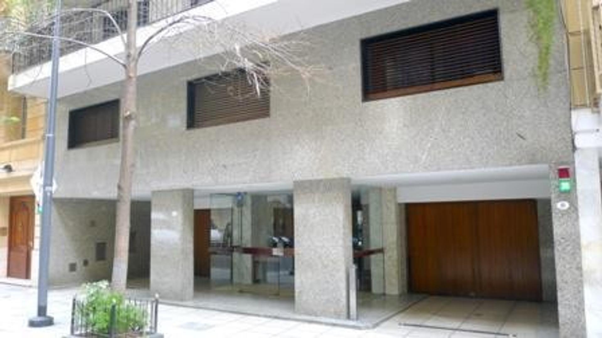 4 amb c/dep patio cochera  - Recoleta