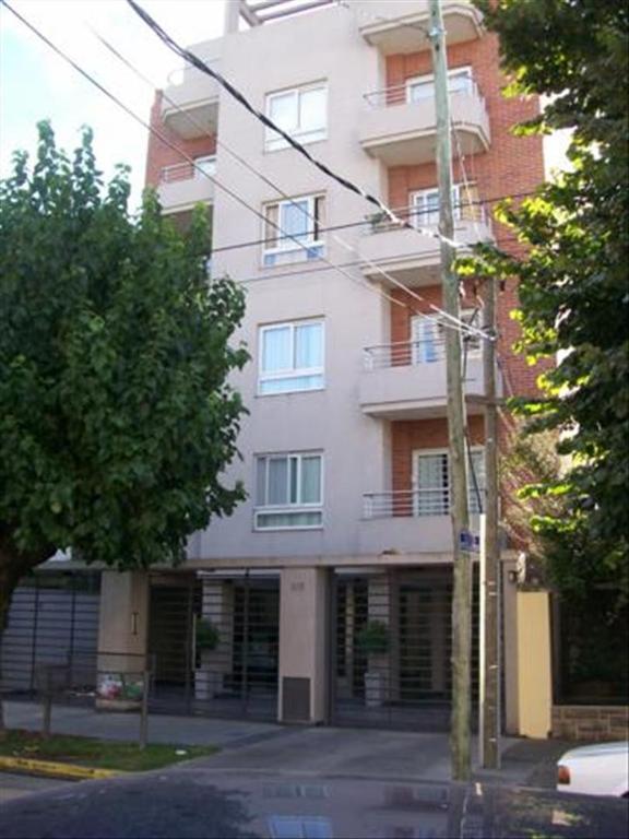Departamento en Alquiler de 2 ambientes en Buenos Aires, Pdo. de Moron, Moron, Moron Sur