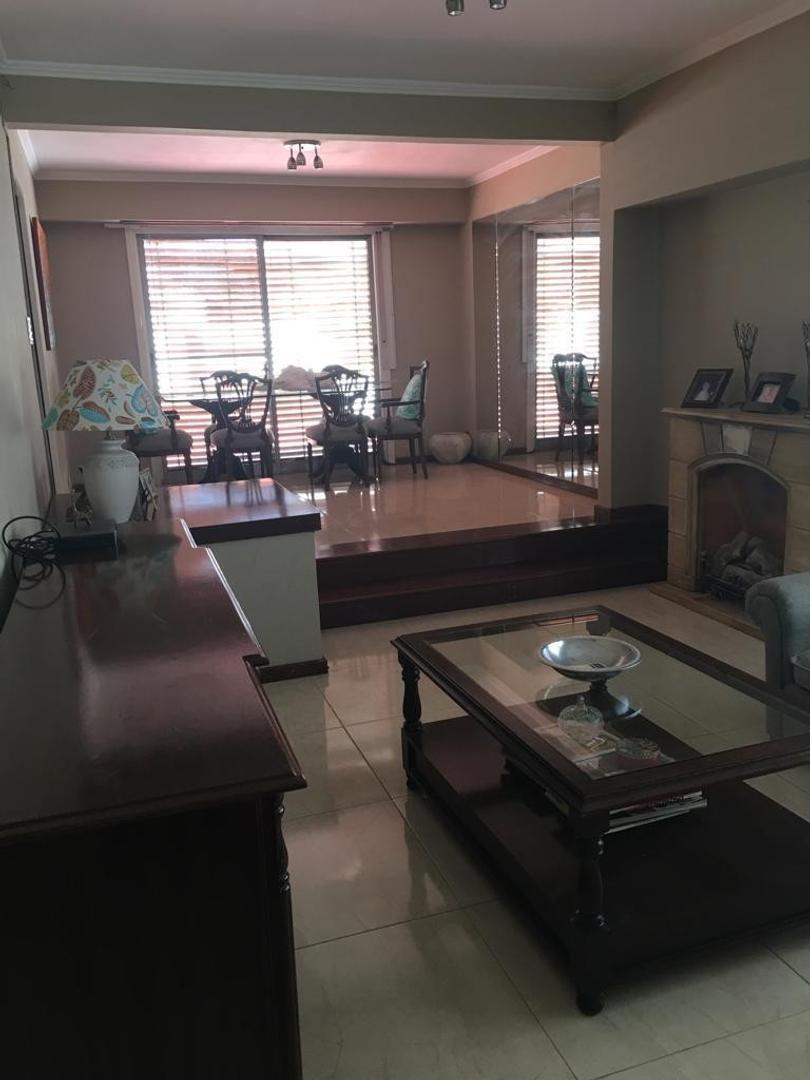 Departamento en Alquiler en Villa Maipu - 4 ambientes