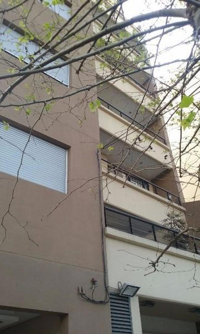 Excelente 2 Ambientes A Estrenar En Liniers. En Pola 20 , A Metros De Av Rivadavia 1 Piso Al Frente