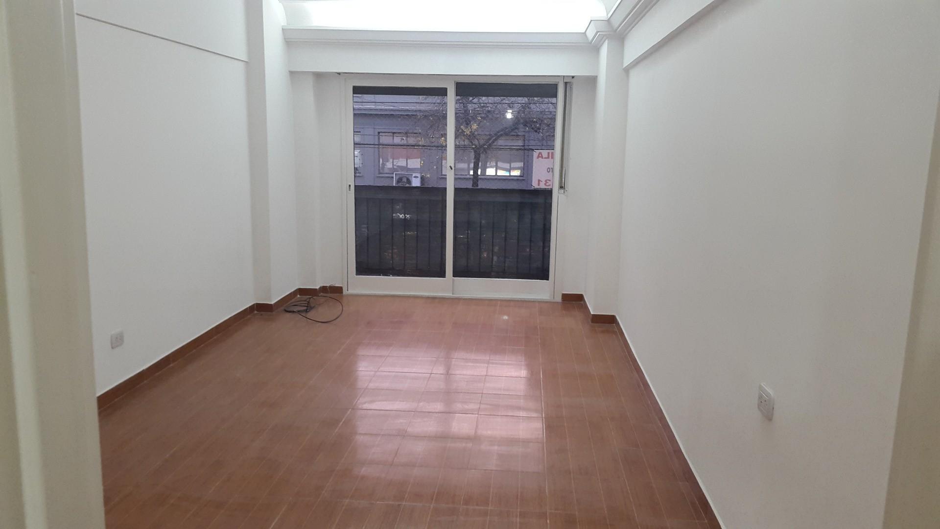 Alquiler 4 amb ,frente,c/patio,c/balcon corredizo, c/lav.c/baulera