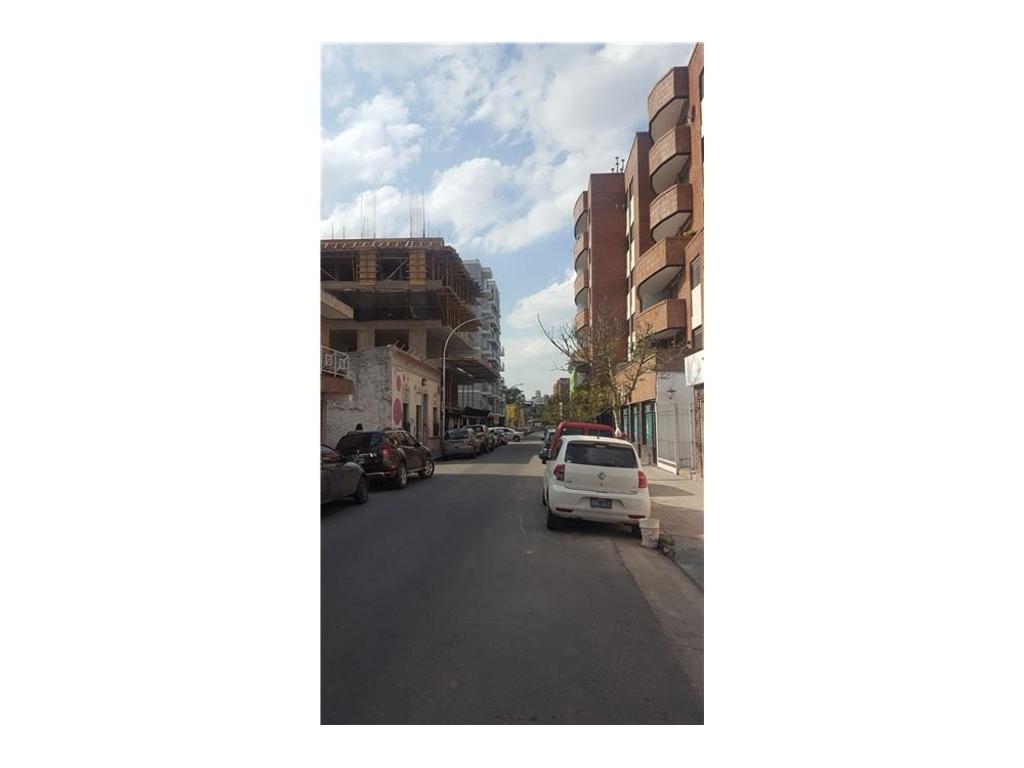 CASA A RECICLAR zona C2 Alberdi Cba