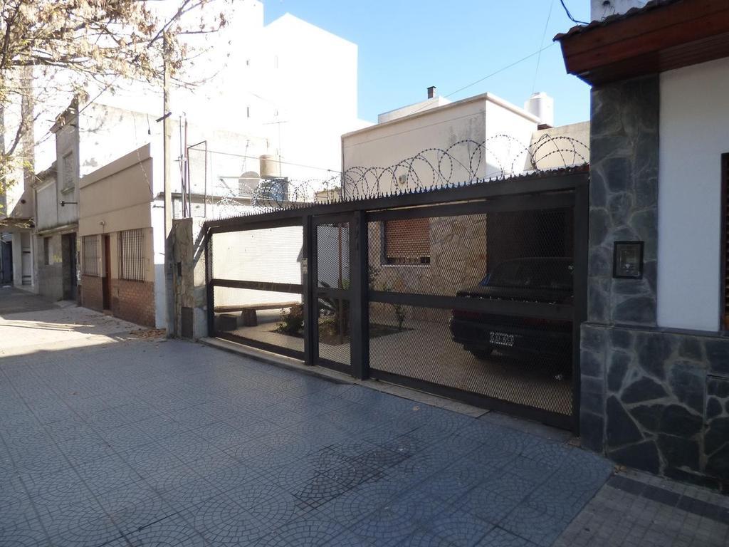 Casa en Venta en La Plata Calle 67 e/ 1 y 2  Dacal Bienes Raices