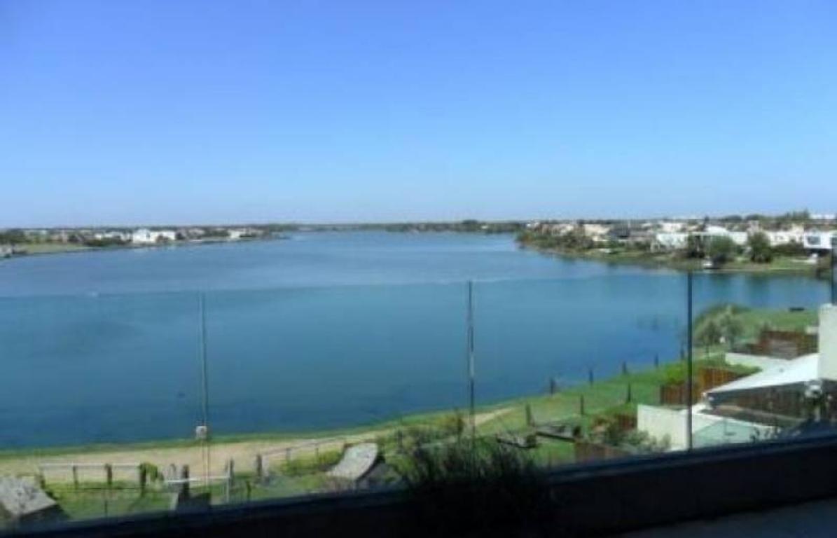 EDIFICIO PRAIA - Nordelta | PB con vista al lago central, en venta.
