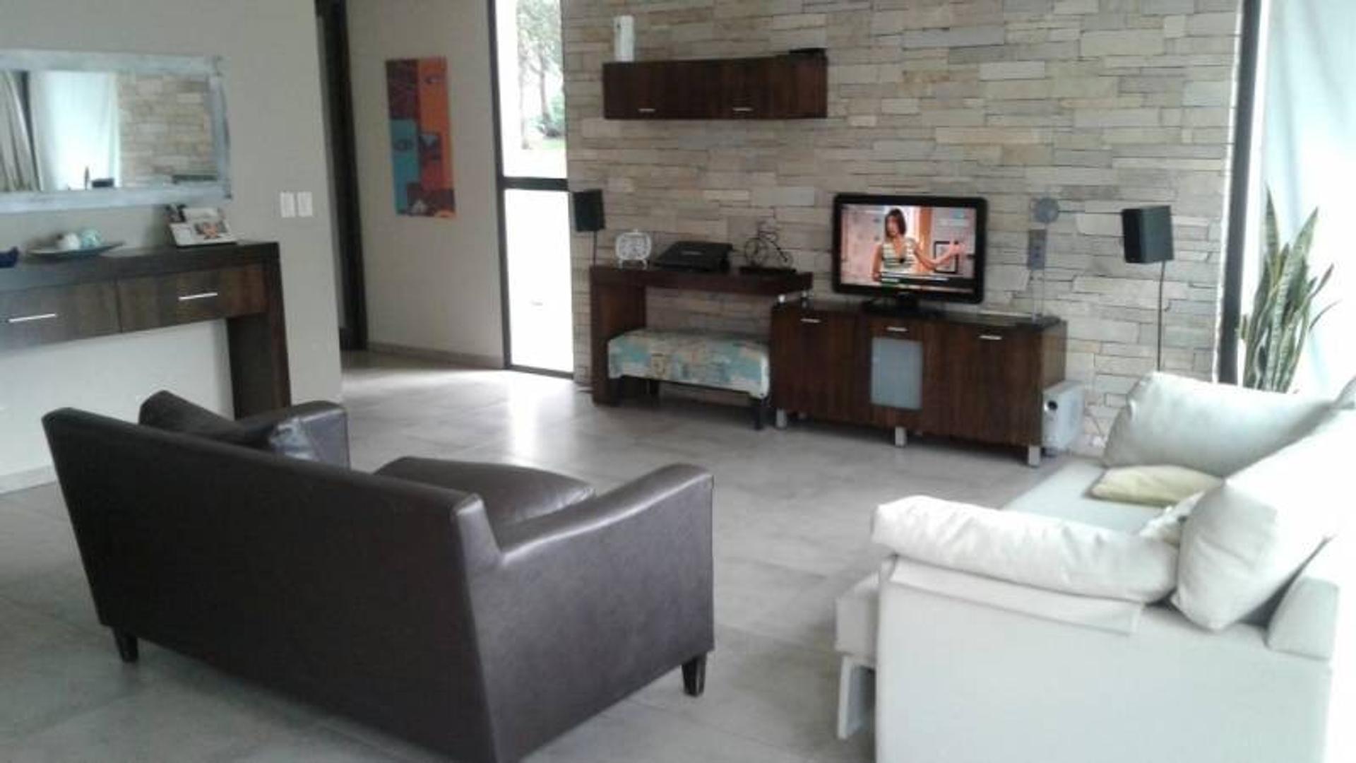 Casa en Arenas del Sur con 3 habitaciones