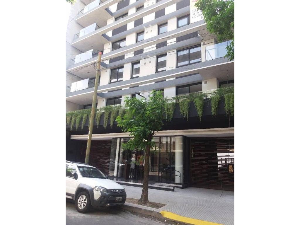 Semipiso A ESTRENAR   de 4 Ambientes, Cochera,  Baulera y Balcón. Edif  c/  SUM, Pileta y Parrilla